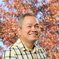 Dr. Manuel Peralta - Forest, Virginia family doctor